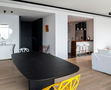 Monot Apartment
